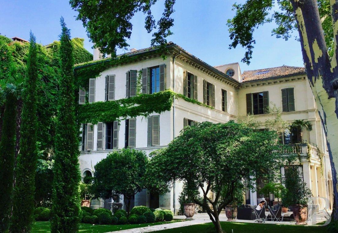 Patrice Besse Chambres D Hotes Provence Alpes Cote D Azur Dans