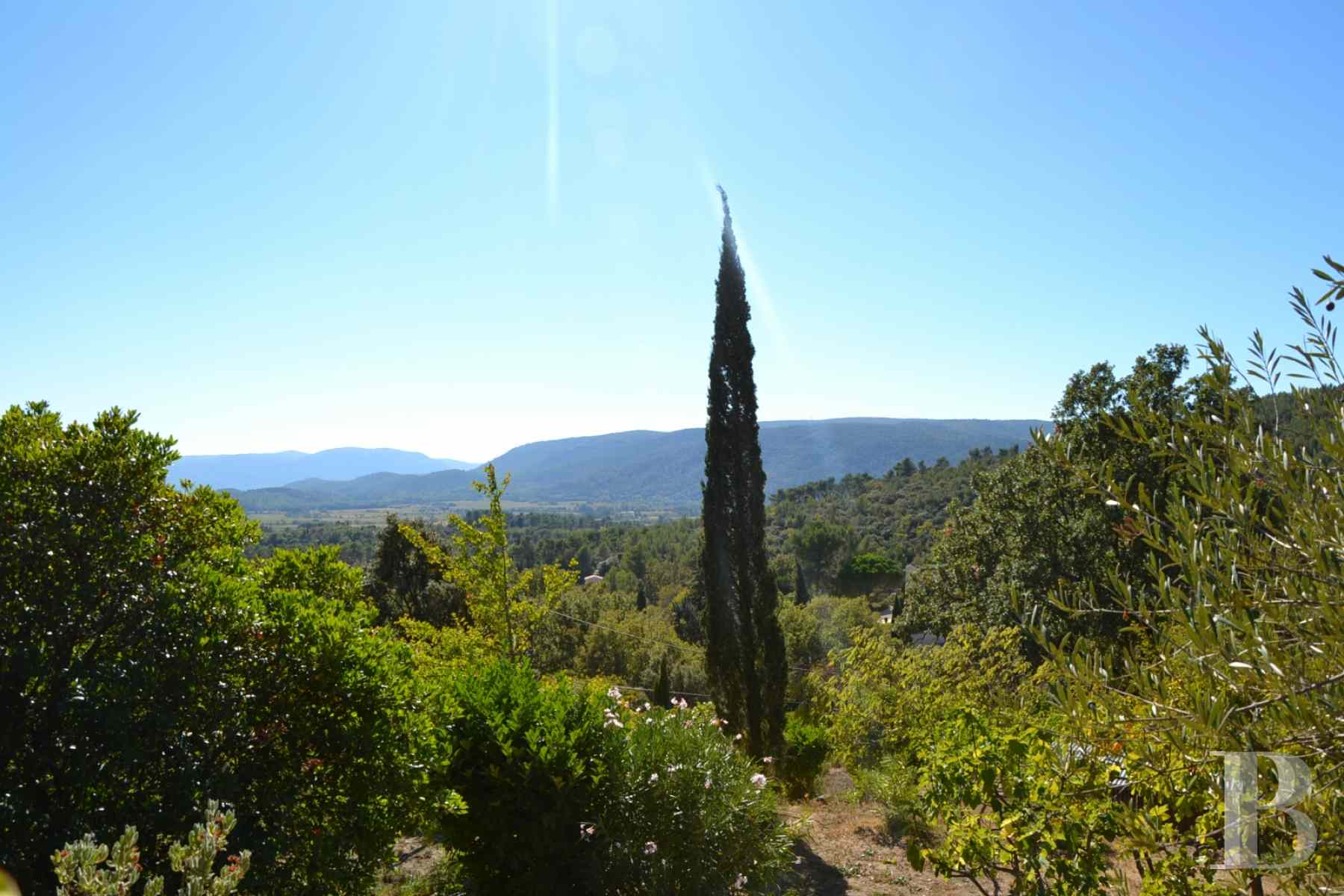 character properties France provence cote dazur moyen var - 9 zoom