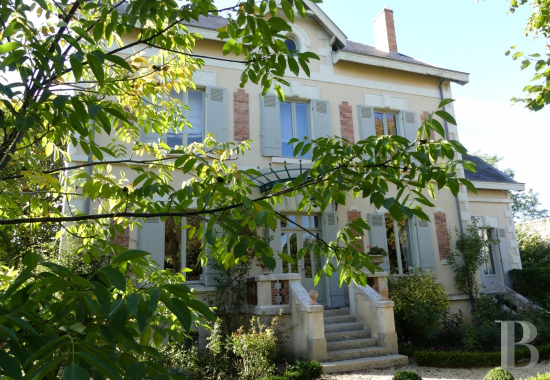 character properties France poitou charentes   - 5