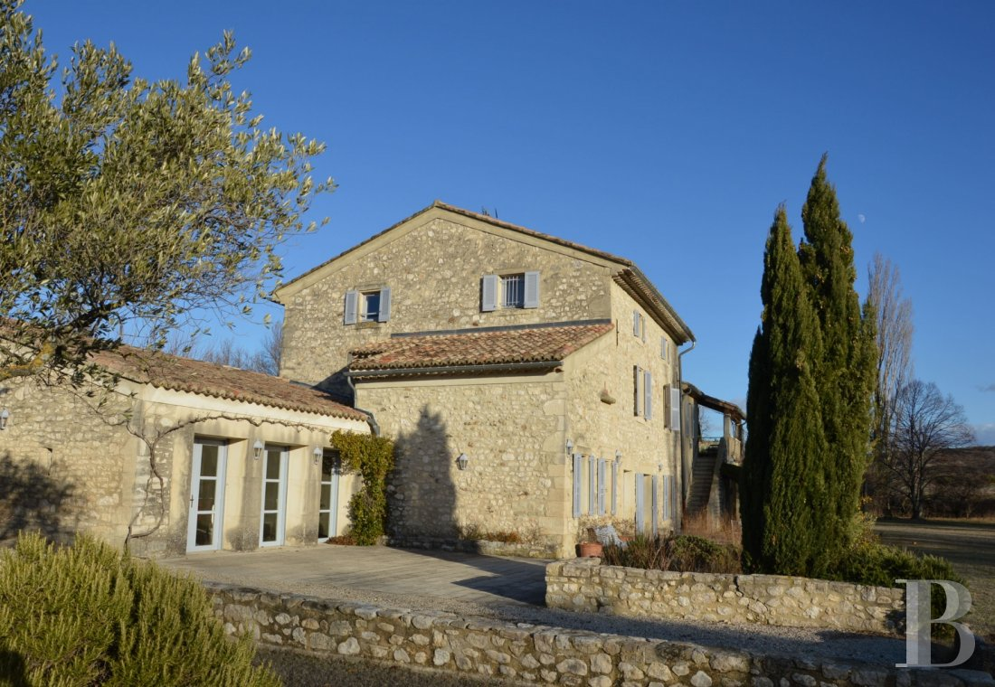 character properties France rhones alps character houses - 6