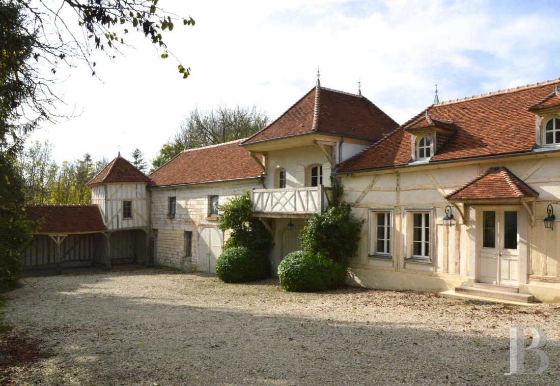 character properties France champagne ardennes house towers - 1