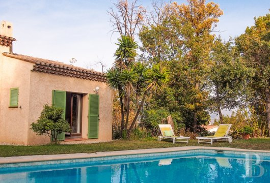 character properties France provence cote dazur vence baou - 13