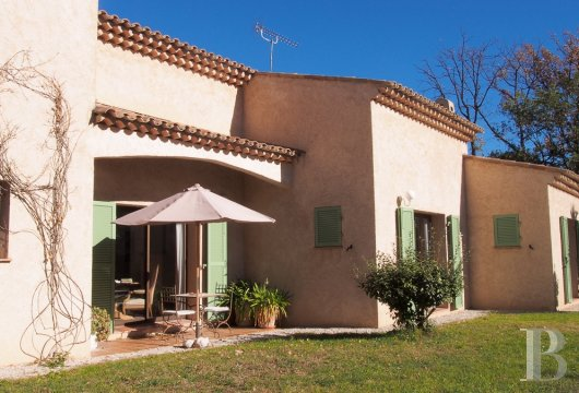 character properties France provence cote dazur vence baou - 6