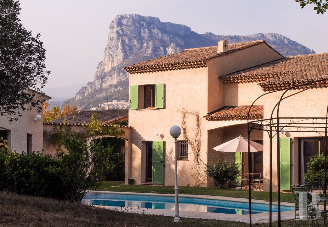 character properties France provence cote dazur vence baou - 1