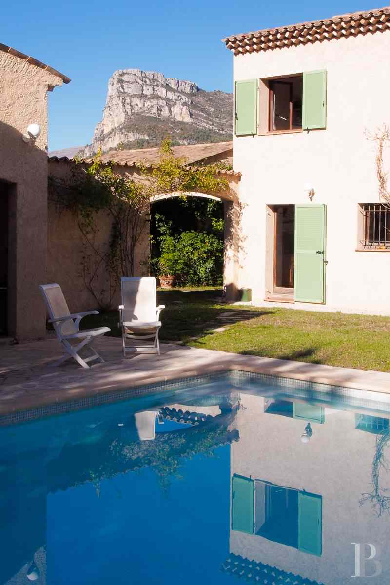 character properties France provence cote dazur vence baou - 5 zoom