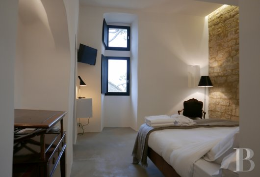 A thousand-year-old tower with a contemporary feel in the heart of Gard, not far from Uzès - photo N°21