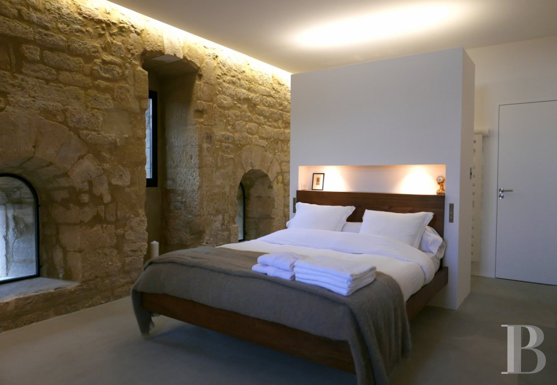 fA thousand-year-old tower with a contemporary feel in the heart of Gard, not far from Uzès - photo N°19