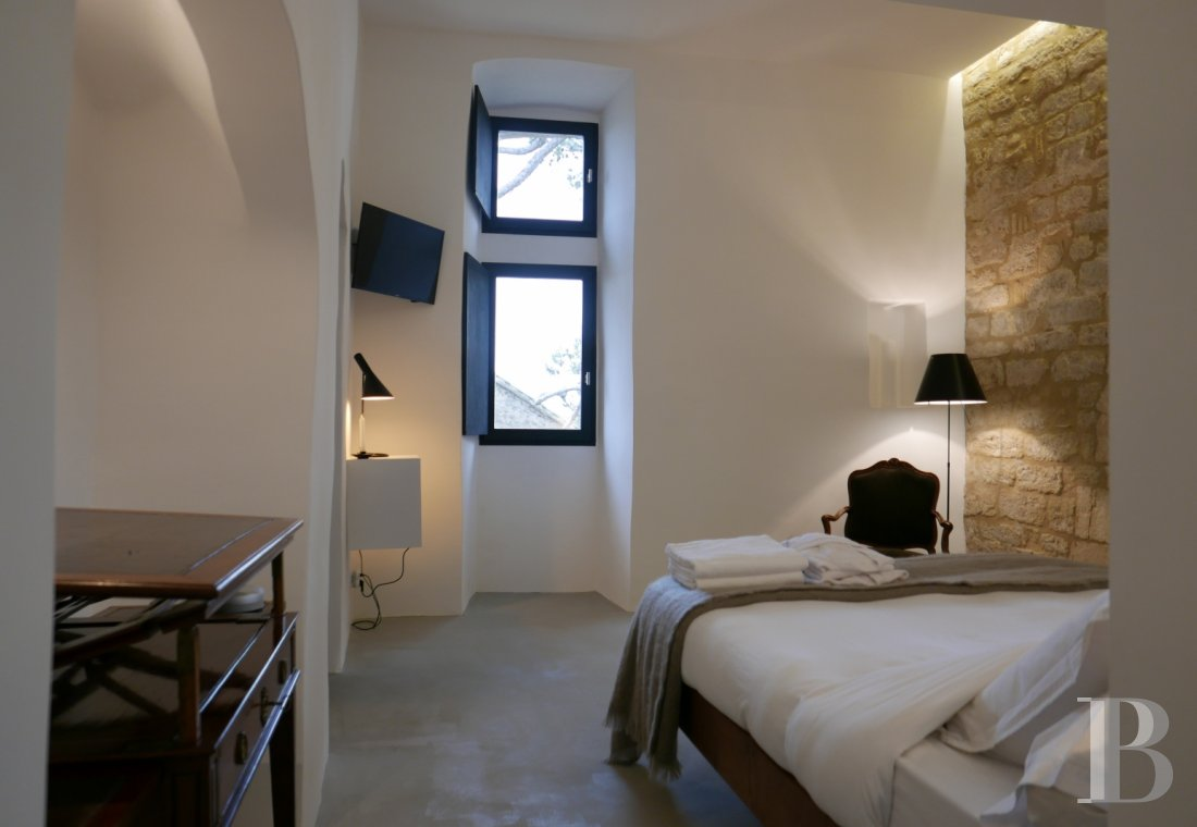 A thousand-year-old tower with a contemporary feel in the heart of Gard, not far from Uzès - photo  n°16
