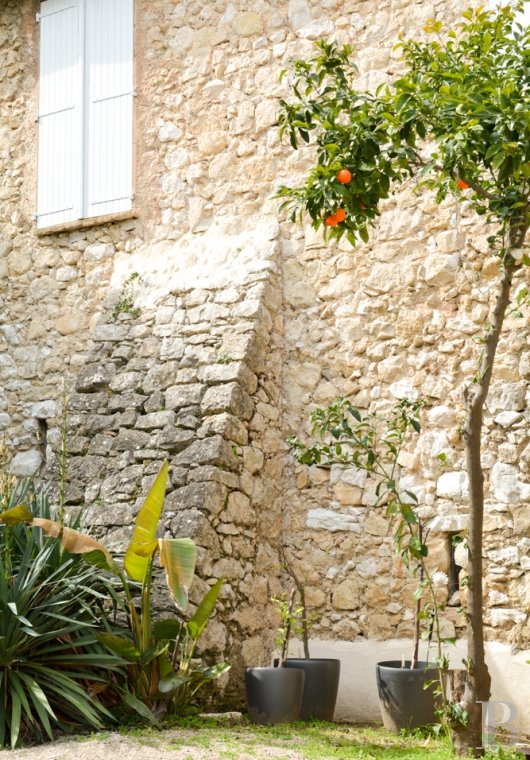 properties in town provence cote dazur properties in - 2 mini
