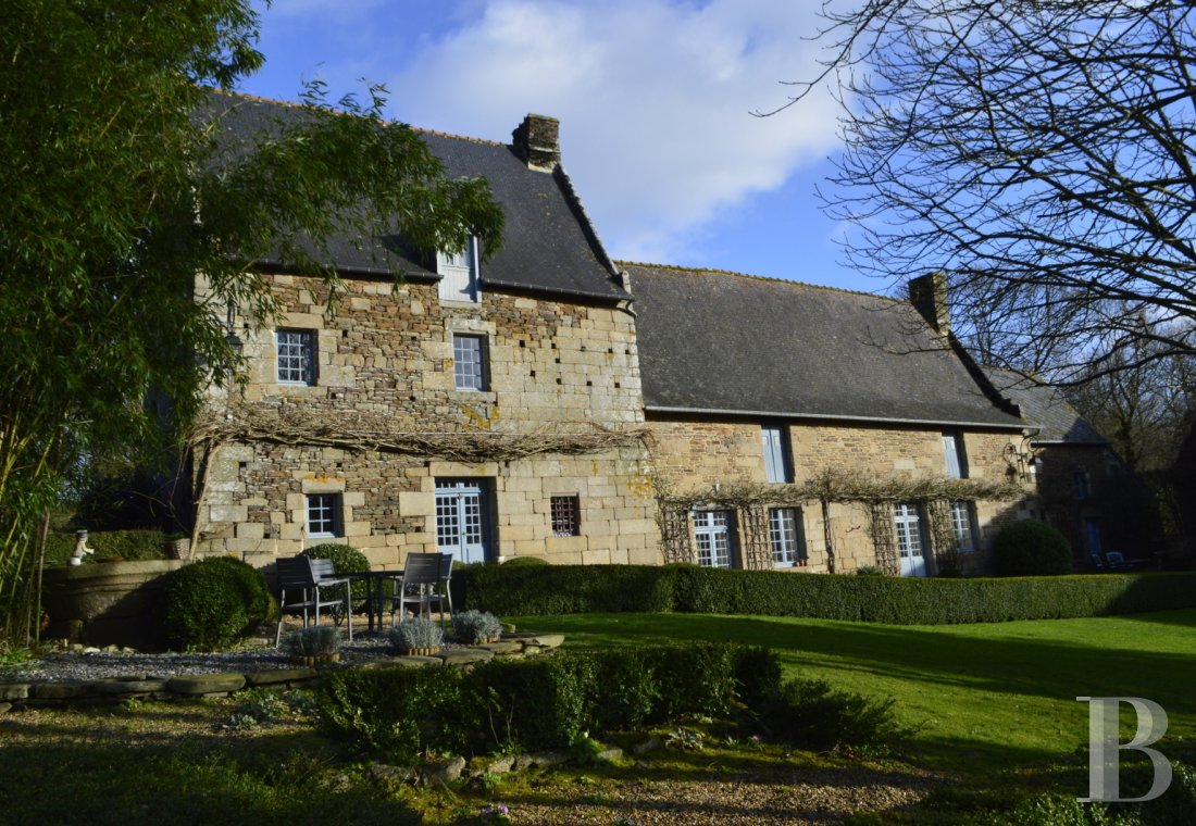 France mansions for sale brittany manors for - 1
