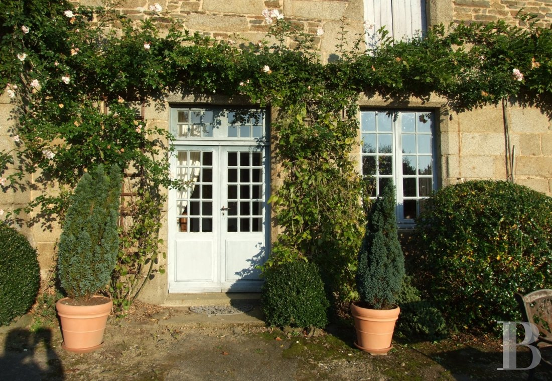 France mansions for sale brittany manors for - 2