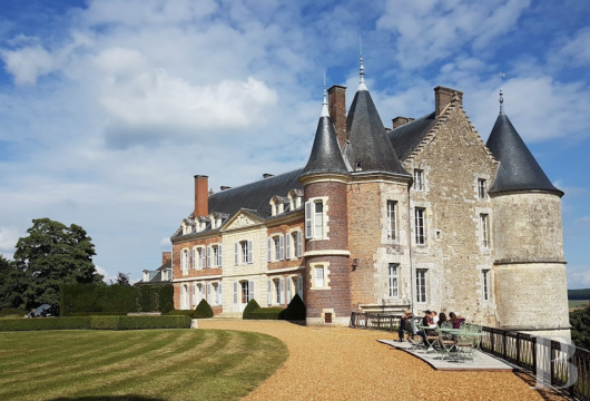 fA chateau with a long and captivating history,  watching over the entrance to the Perche Sarthois - photo N°2