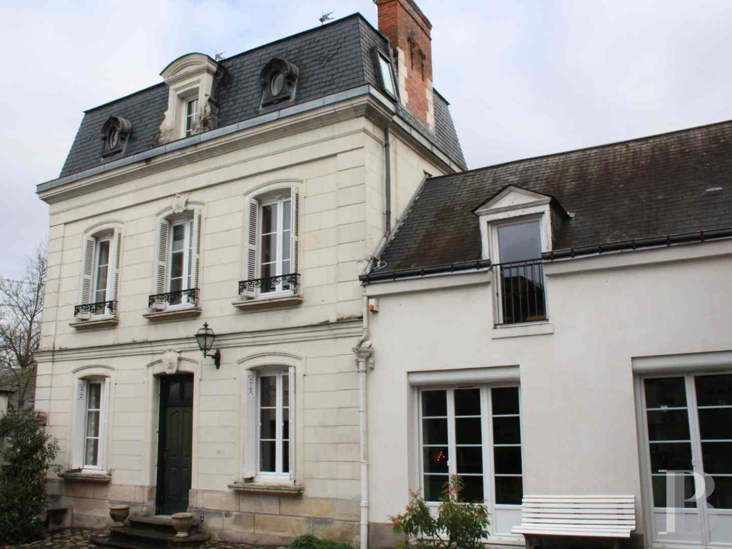 mansion houses for sale France center val de loire mansion houses - 1 zoom