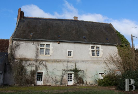 character properties France center val de loire character houses - 3 mini