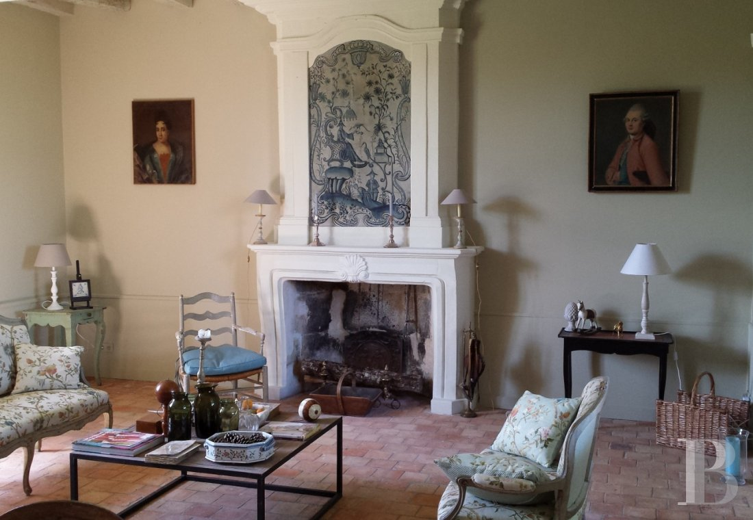 An intimate and poetic 18th presbytery  in the Beaugeois in Anjou - photo  n°15
