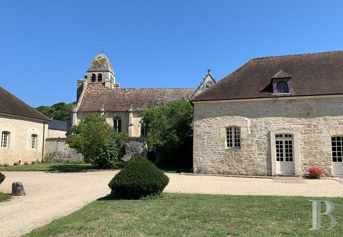 A 17th century gem designed by Mansart  in the planes of Vexin - photo  n°19