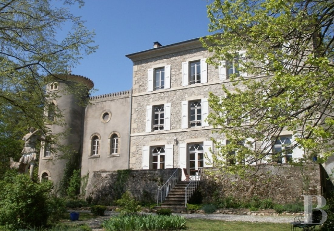 chateaux for sale France rhones alps castles chateaux - 1