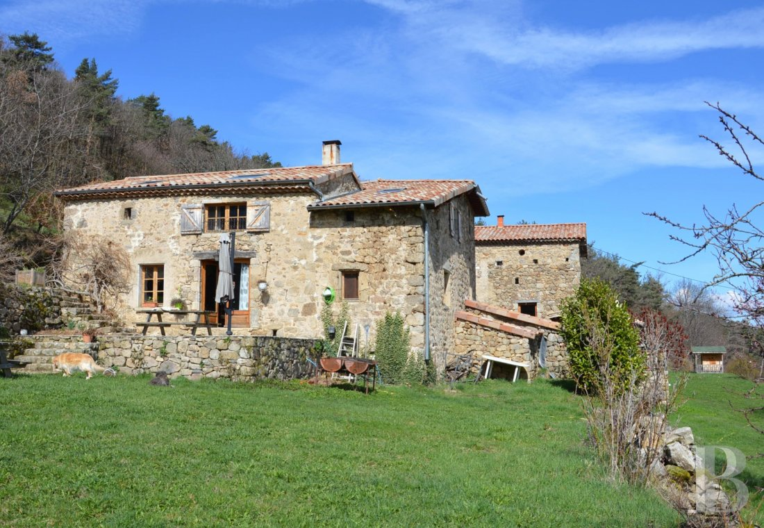 character properties France rhones alps character houses - 2