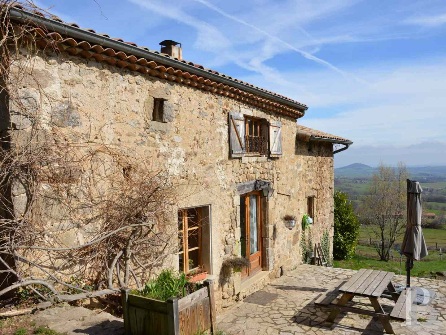 character properties France rhones alps character houses - 3 zoom
