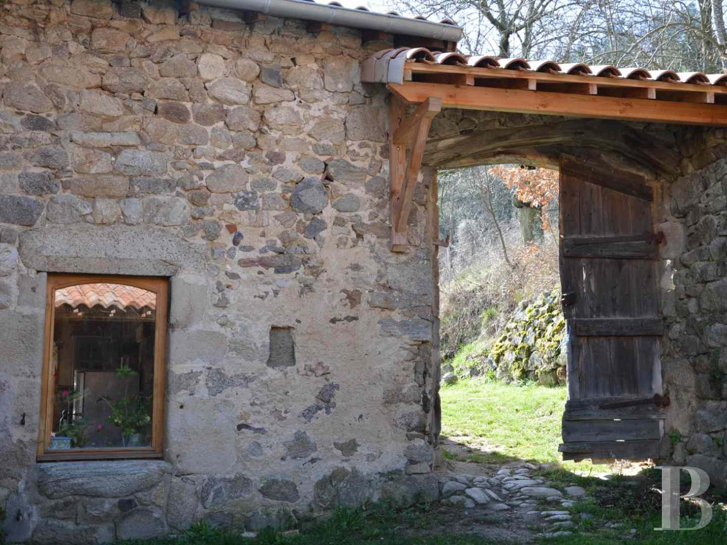 character properties France rhones alps character houses - 6 zoom
