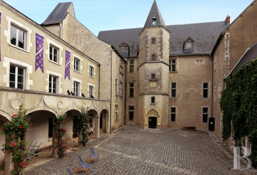 chateaux for sale France center val de loire castles chateaux - 2 mini