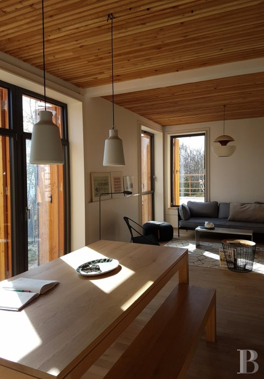 fA contemporary chalet overlooking the Durance valley in the south-west of Briançon - photo n°5