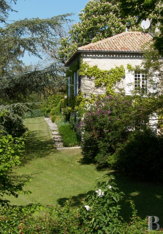character properties France poitou charentes   - 6