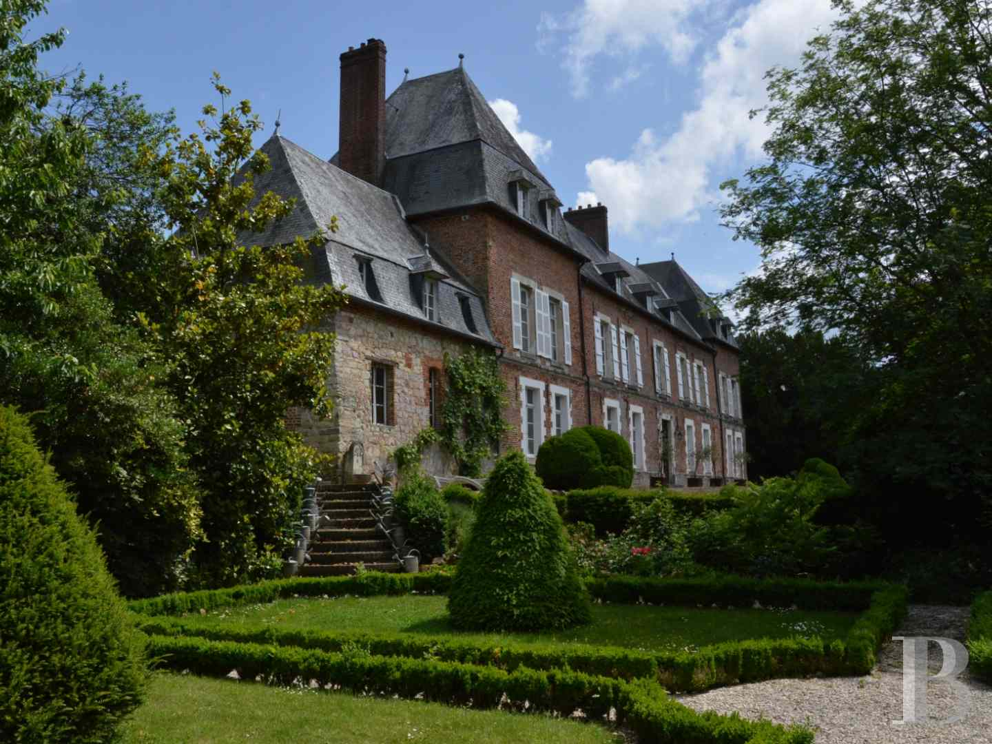 chateaux for sale France picardy castles chateaux - 4 zoom