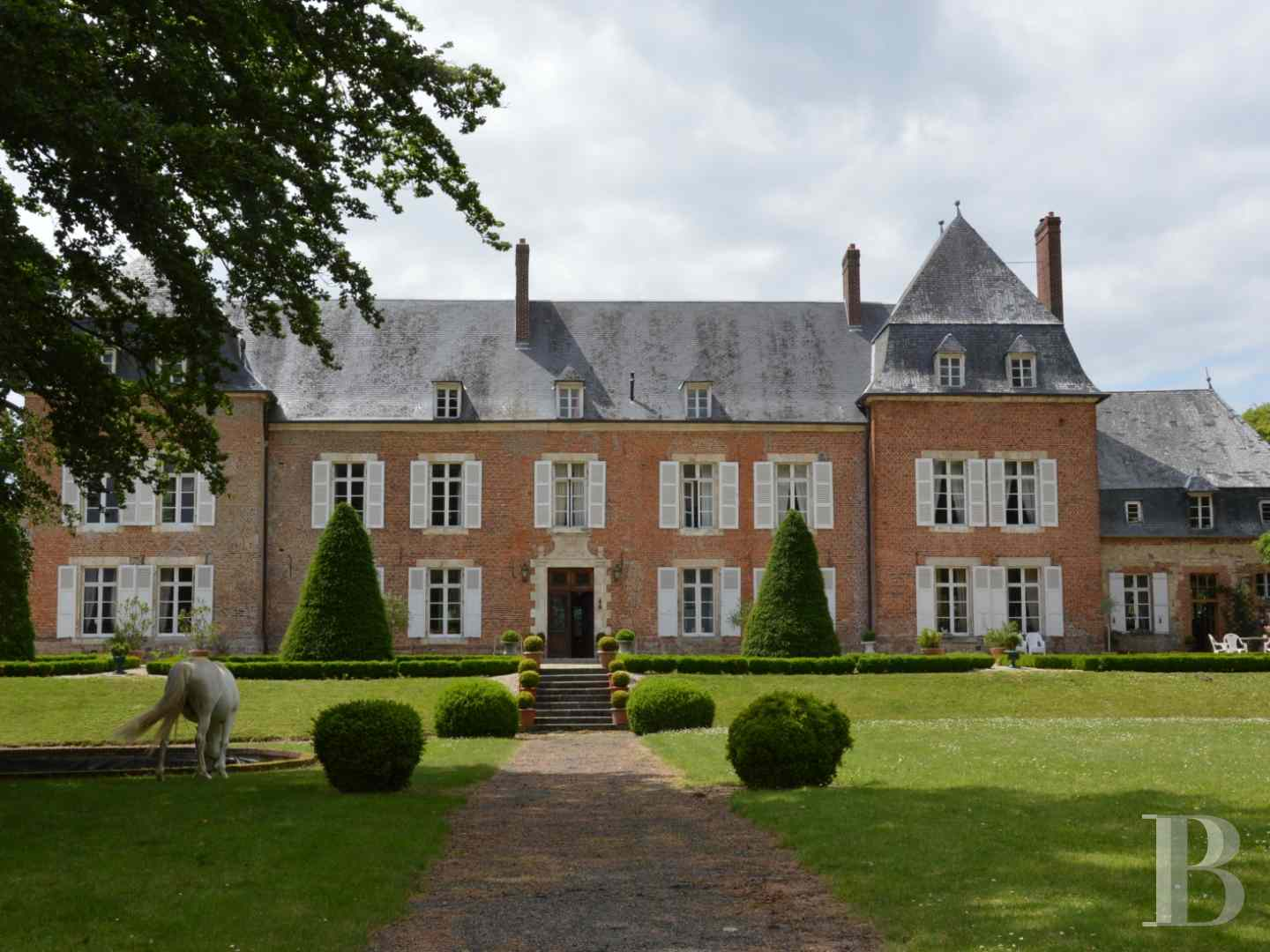 chateaux for sale France picardy castles chateaux - 1 zoom