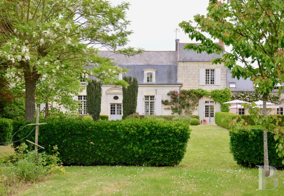 France mansions for sale pays de loire   - 13