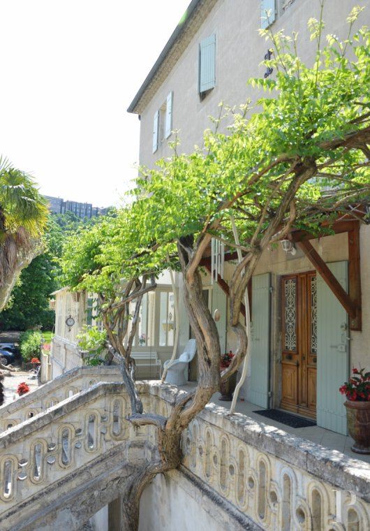 character properties France rhones alps character houses - 5 mini
