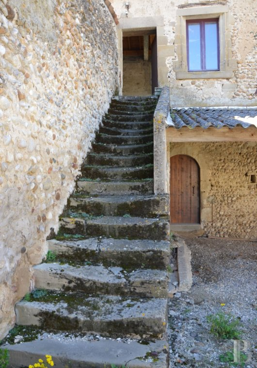 character properties France rhones alps character houses - 8