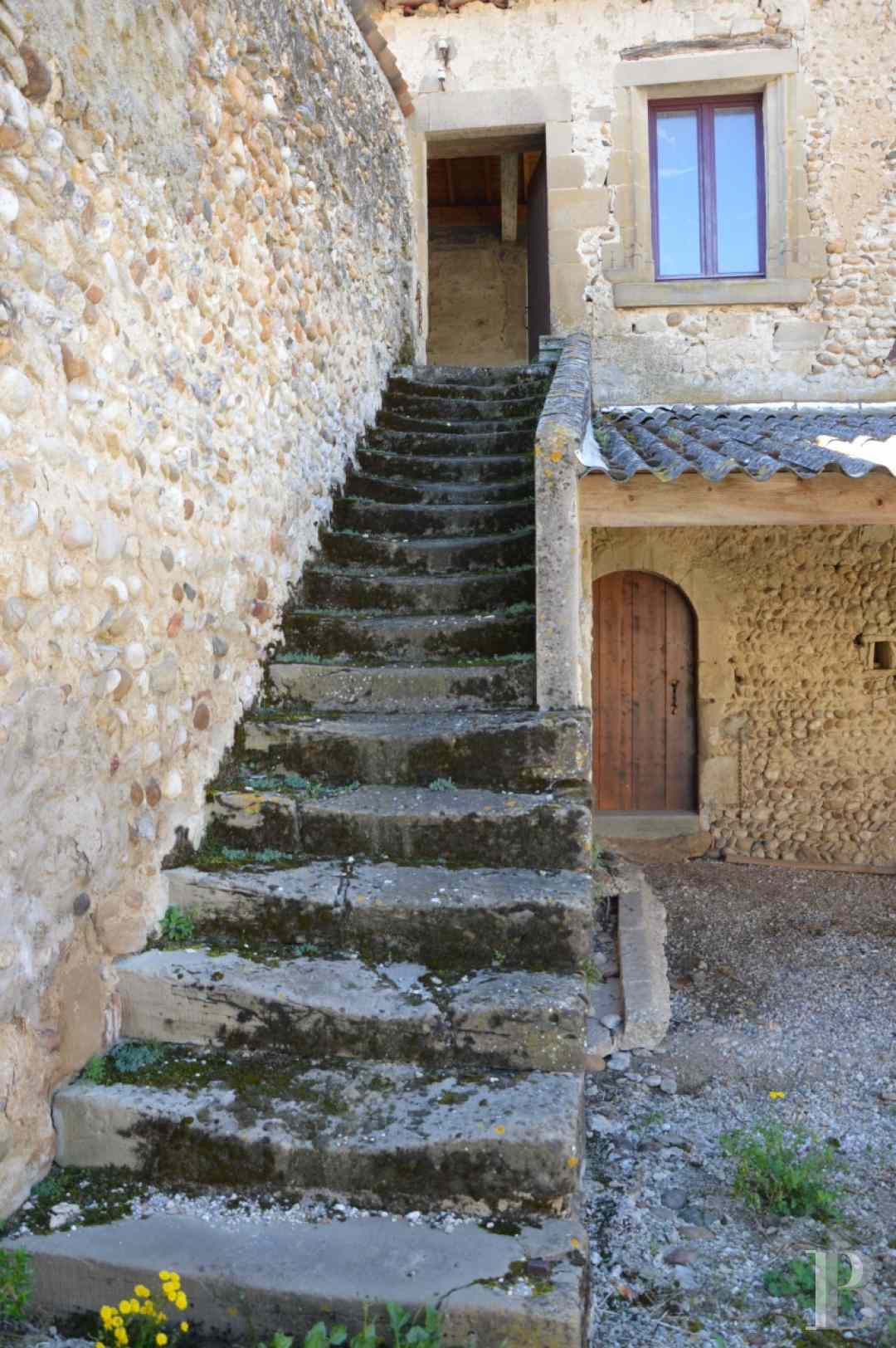 character properties France rhones alps character houses - 8 zoom