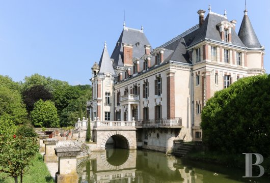 chateaux a vendre bourgogne chateau corps - 2