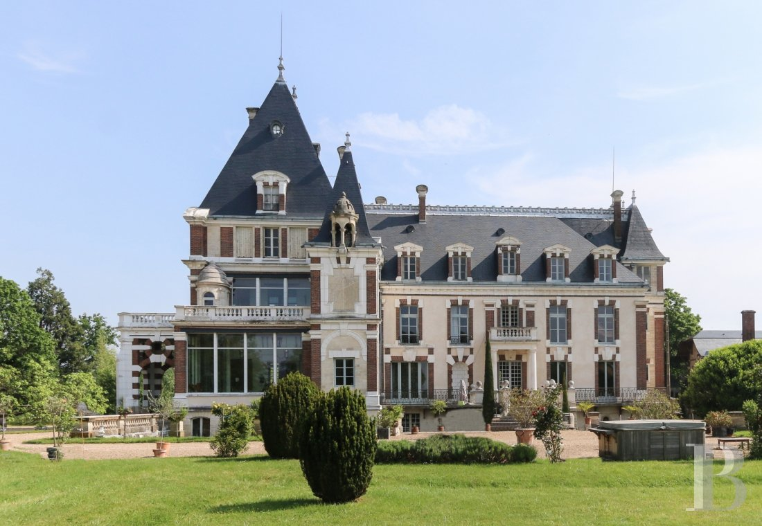 chateaux a vendre bourgogne chateau corps - 1