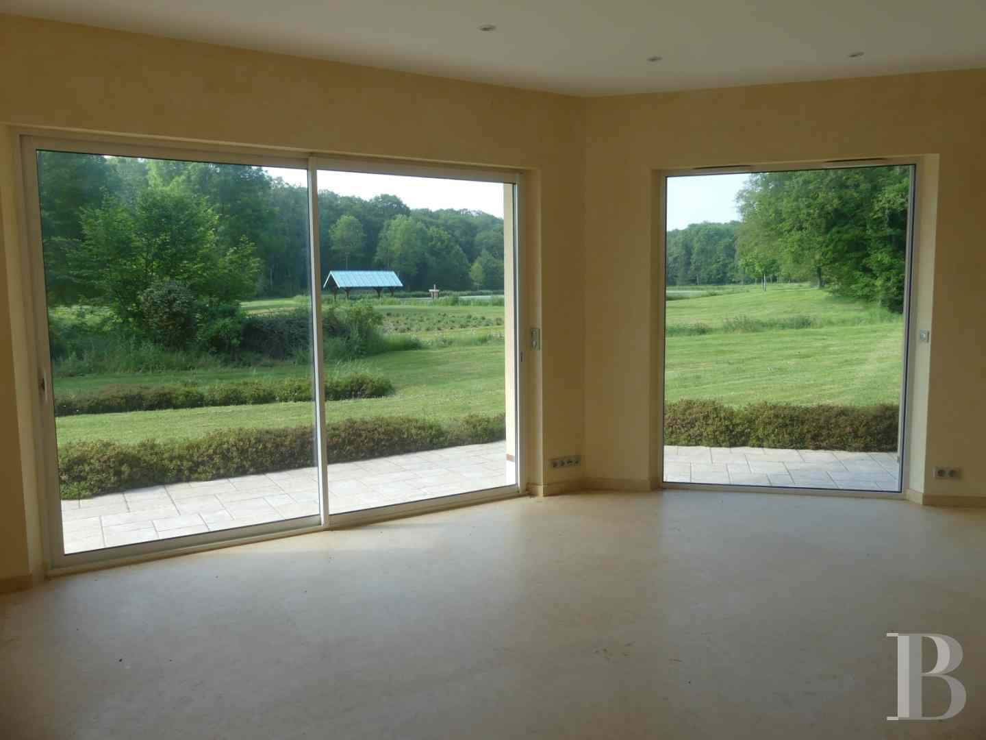 property for sale France center val de loire residences for - 10 zoom