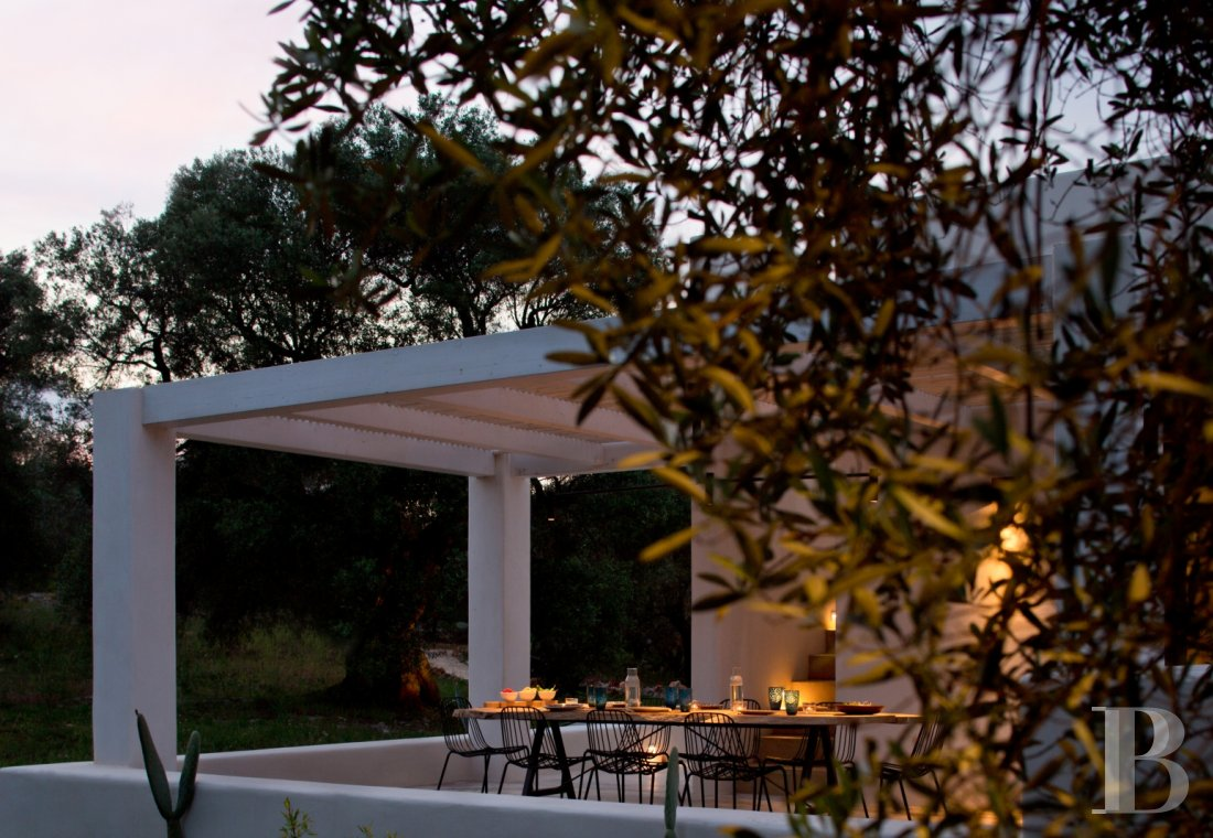 The Casa di Monti, between two seas and a field of ancient olive trees, perfect for holidays in Puglia in Southern Italy  - photo  n°40