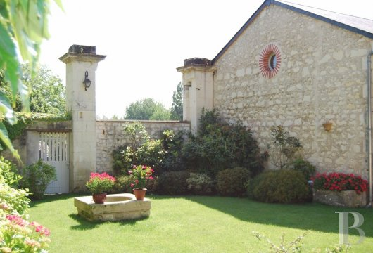 character properties France center val de loire   - 10