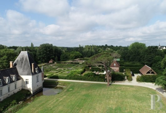 chateaux for sale France center val de loire   - 4