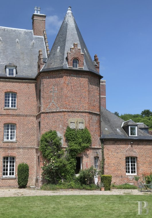 chateaux for sale France picardy   - 2