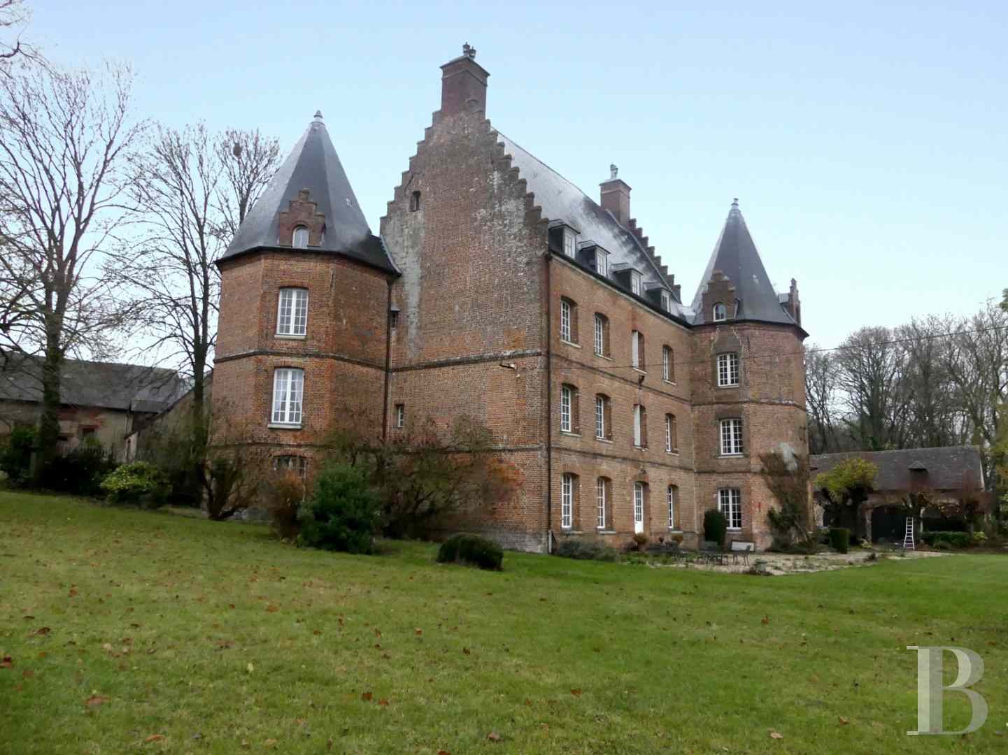 chateaux for sale France picardy castles chateaux - 5 zoom