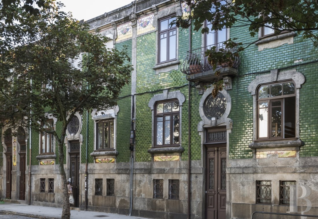 A luminous Art Déco house in Porto  - photo N°1