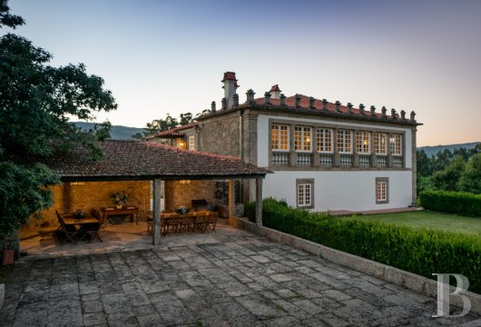 An 18th century family estate surrounded by lands and vineyards in the north of Portugal  - photo N°5