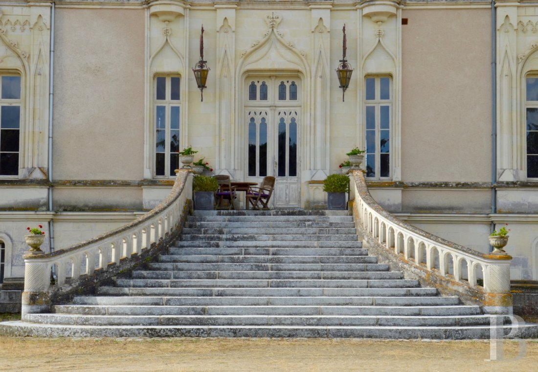 Castles / chateaux for sale - pays-de-loire - A 19th century chateau and a courtyard of outbuildings  in almost 20 ha of landscaped parklands in the Anjou region