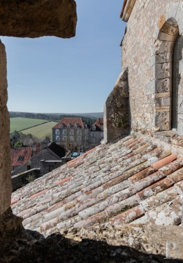 Historic buildings for sale - burgundy - A listed, 12th century church in the midst of Vézelay,  transformed into a commercial and cultural centre