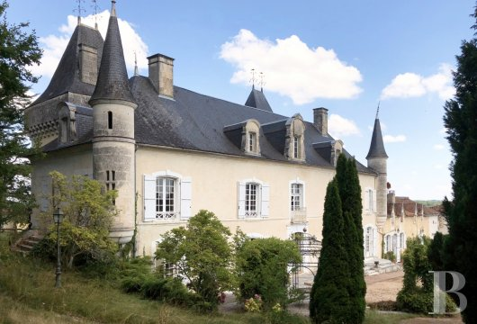 chateaux for sale France aquitaine castles chateaux - 2