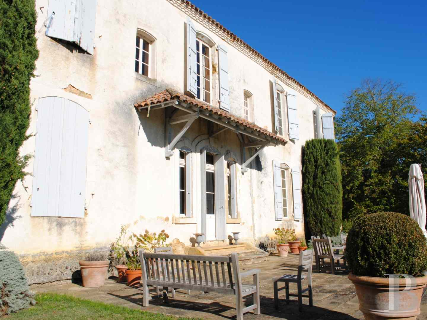chateaux for sale France midi pyrenees castles chateaux - 10 zoom