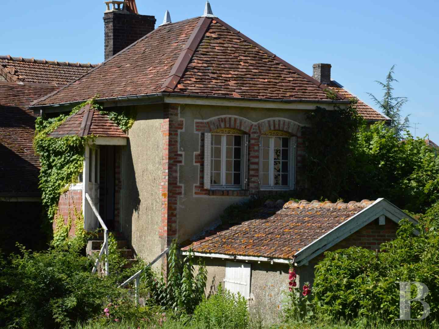 character properties France champagne ardennes character houses - 13 zoom
