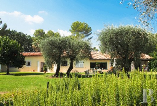 character properties France provence cote dazur character houses - 2