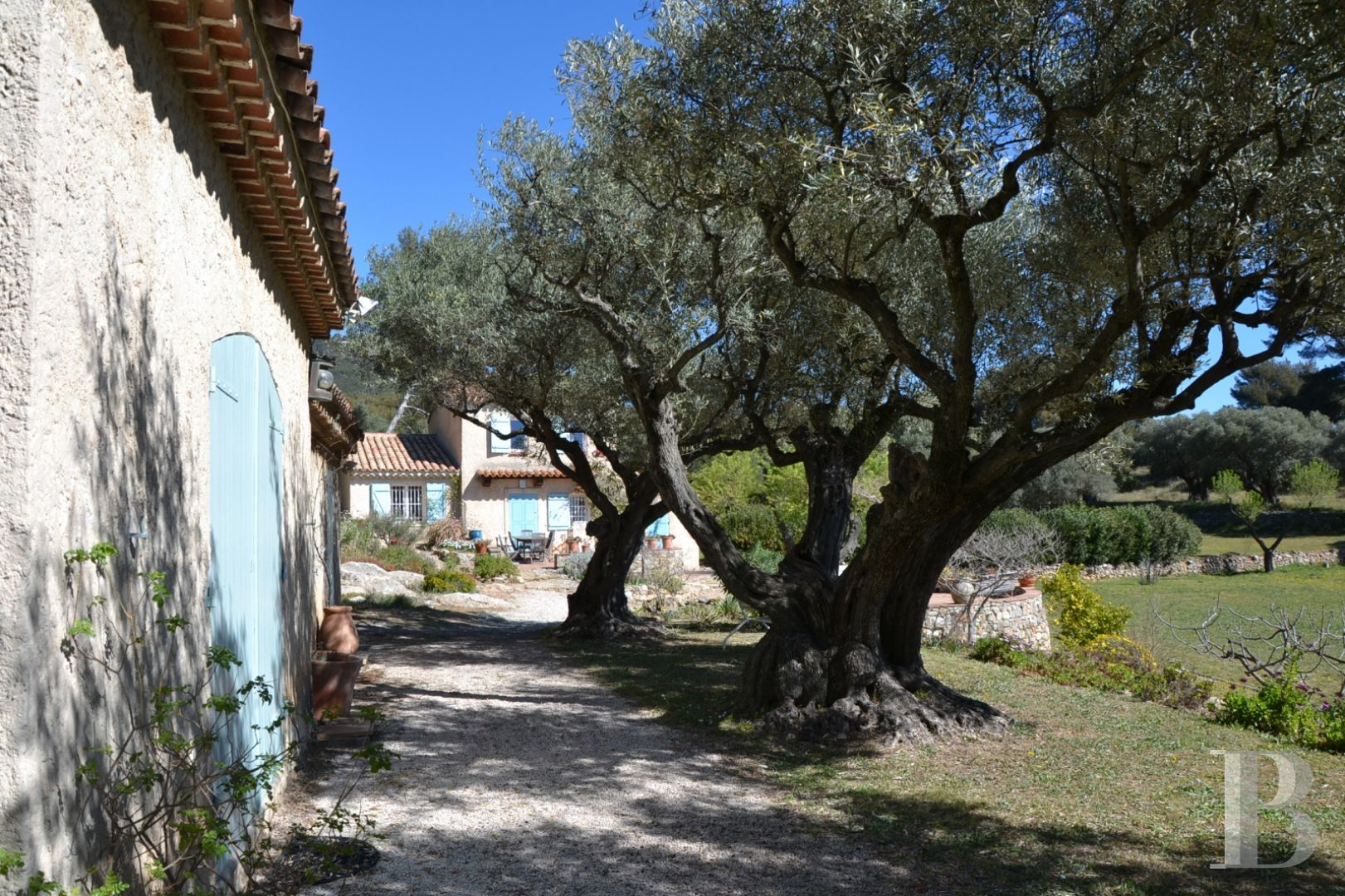 character properties France provence cote dazur character houses - 7 zoom